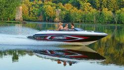 2013 - Larson Boats - LSR 2000