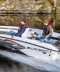 2014 - Larson Boats - FX 1750 TL