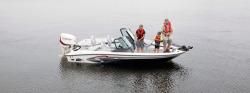 2015 - Larson Boats - FX 1750 DC