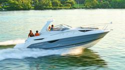 2015 - Larson Boats - Cabrio 315