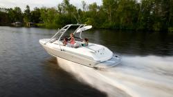 2015 - Larson Boats - LX 205S IO