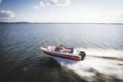 2018 - Larson Boats - LX 185 OB