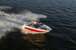 2018 - Larson Boats - LXH 230 IO