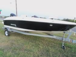 2016 - Bayliner Boats - Element XL