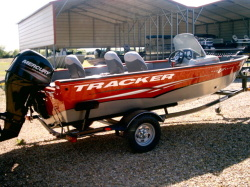 2014 - by Tracker Marine - Fishin' Barge 22 DLX Signature