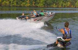 2009 - Lowe Boats - FS185