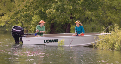 2013 - Lowe Boats - V1467WT