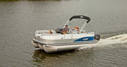 2014 - Lowe Boats - X210