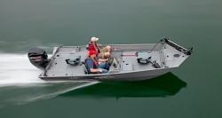 2015 - Lowe Boats - Stryker 17
