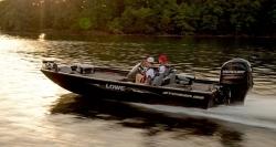 2015 - Lowe Boats - Stinger 195
