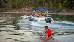 2016 - Lowe Boats - SD224 Sport Deck Fish