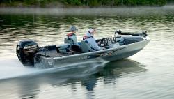 2016 - Lowe Boats - Stryker 17