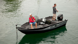 2016 - Lowe Boats - FM165 Pro SC
