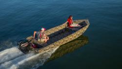 2017 - Lowe Boats - RN 1756