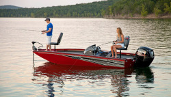 2017 - Lowe Boats - Stinger 188