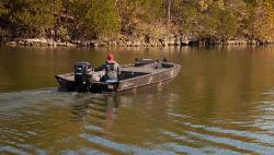 2017 - Lowe Boats - RN 2070 DLX