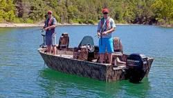 2017 - Lowe Boats - FM 165 Poly Camo