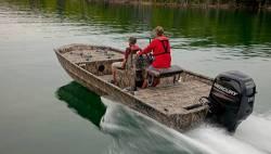 2017 -Lowe Boats - RN 2070CC