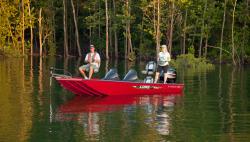 2017 - Lowe Boats - Stinger 195 DC