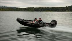 2017 - Lowe Boats - Stinger 175