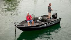 2017 - Lowe Boats - FM165 Pro SC