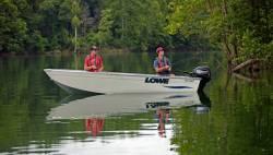 2017 - Lowe Boats - V1467WT