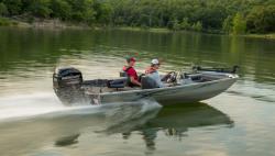 2018 - Lowe Boats - Stryker 17