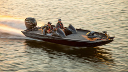 2019 - Lowe Boats - Stinger 195 Dual Console