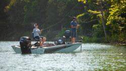 2020 - Lowe Boats - Stinger 178
