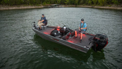 2020 - Lowe Boats - Stinger 188 Dual Console
