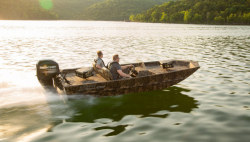 2020 - Lowe Boats - Roughneck 1760 SC