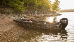 2020 - Lowe Boats - Roughneck 1760 Deluxe Tiller