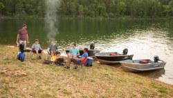2020 - Lowe Boats - V1458