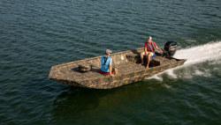 2021 - Lowe Boats - Roughneck 2070 Deluxe Tiller