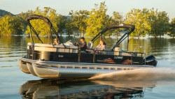 2021 - Lowe Boats - SS230 RFL