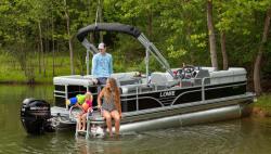 2021 - Lowe Boats - SS210