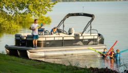 2021 - Lowe Boats - SS250 WS