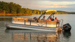 2021 - Lowe Boats - SS 270 Extended Walk-Thru
