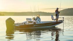2021 - Lowe Boats - 22 Bay