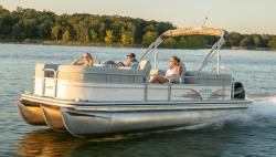 2021 - Lowe Boats - SS230 Walk Thru