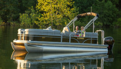 2021 - Lowe Boats - SS210 Walk Thru