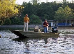 Lowe Boats Roughneck R1960MTC Jon Boat