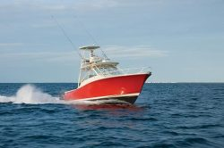 2010 - Luhrs Boats - 37 OB