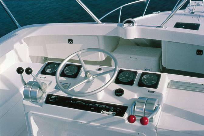 l_Luhrs_Boats_38_2007_AI-236533_II-11304442