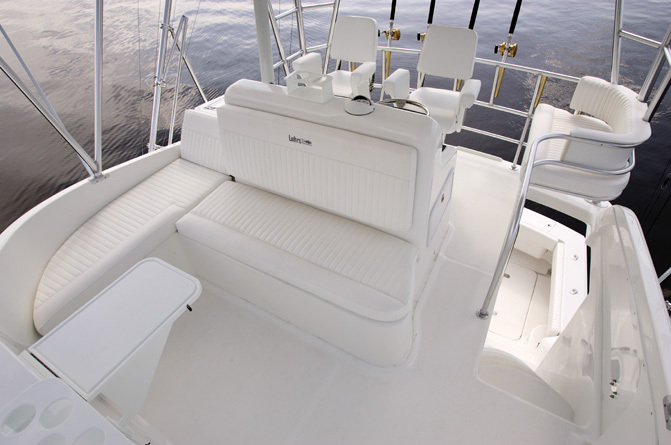 l_Luhrs_Boats_41_2007_AI-236536_II-11304471