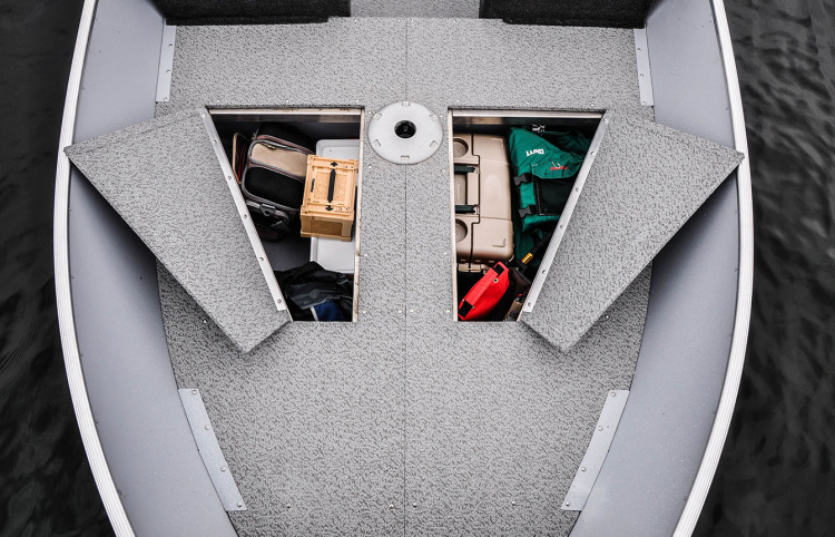 l_boats-ssv-features-raised-bow-optional-storage