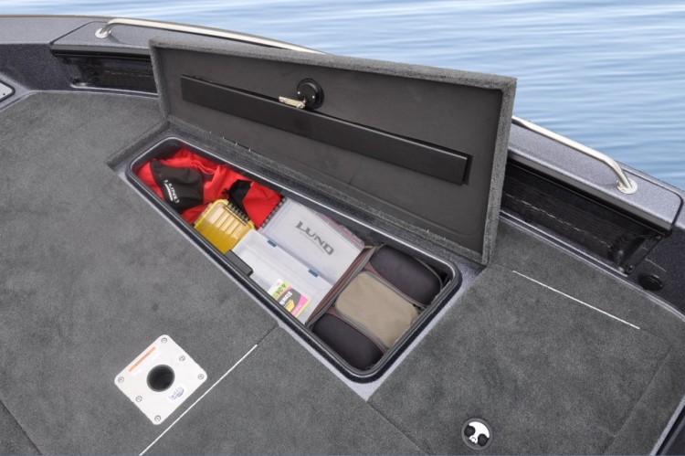 l_2015-pro-v-gl-202-219-starboard-bow-storage1-1024x1