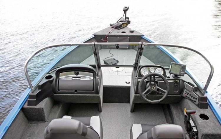 l_2015-rebel-1800-cockpit2477-1024x645