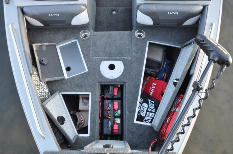 l_bow-deck-overhead-open-1024x680