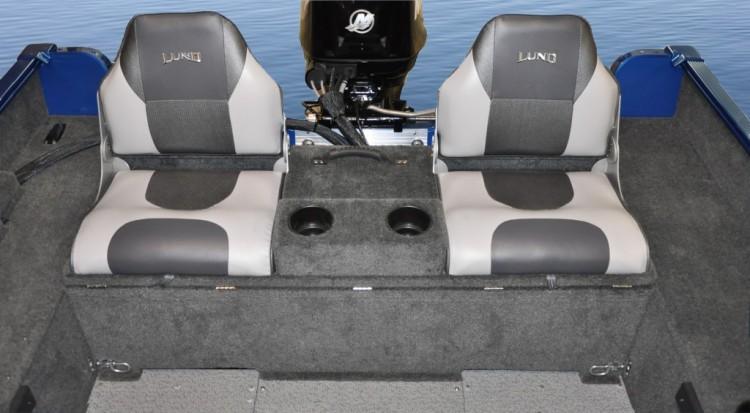 l_fury-xl-aft-flip-seats-1024x565